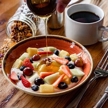 Granola-fruit-1153-3.jpg
