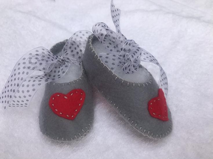 Felt Baby Shoes 0-3 months
