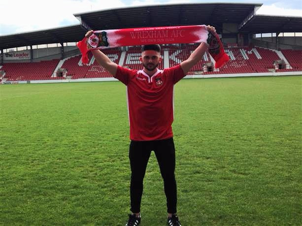SoccerRockz Coach Signs for Wrexham FC