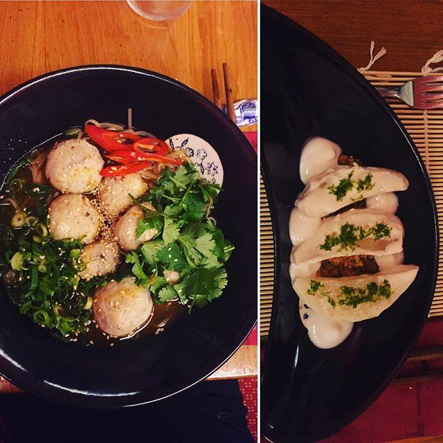 Zuppa di pesce cinese con peperoncino fresco