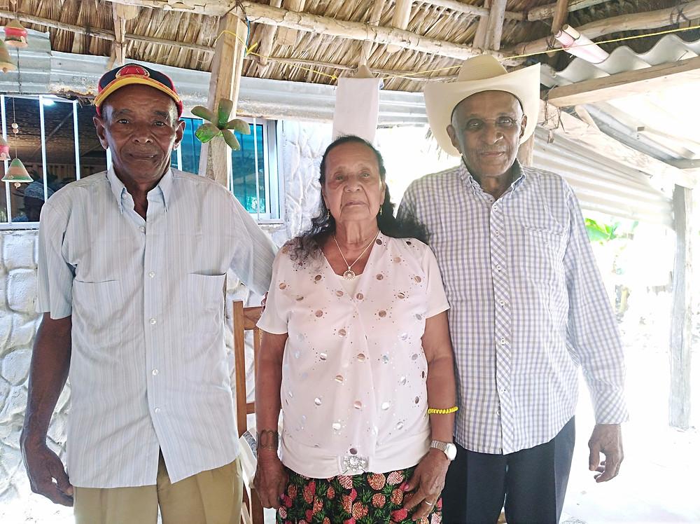 Irene Rojas con su hijo Alejandro Durán Rojas y su excuñado Náfer Durán. Foto: María Ruth Mosquera.