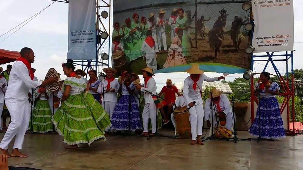 Grupo de danzas. Imagen de Cortesía.