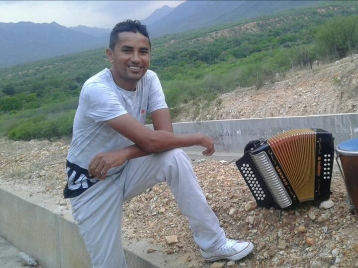 Julio Salas, compositor y verseador, en concurso. Foto Cortesía
