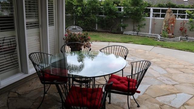 backyard-4.jpg