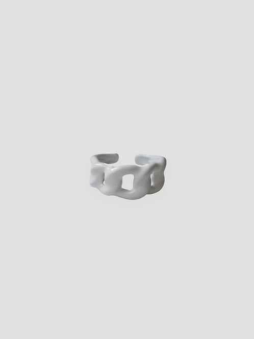 MON CHER MOI Chain Ring in White