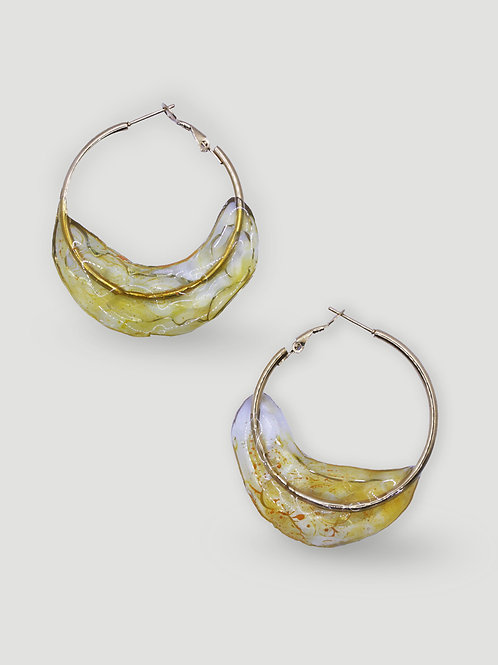 LAUGAHEY Frozen Dipped Hoops in Yellow