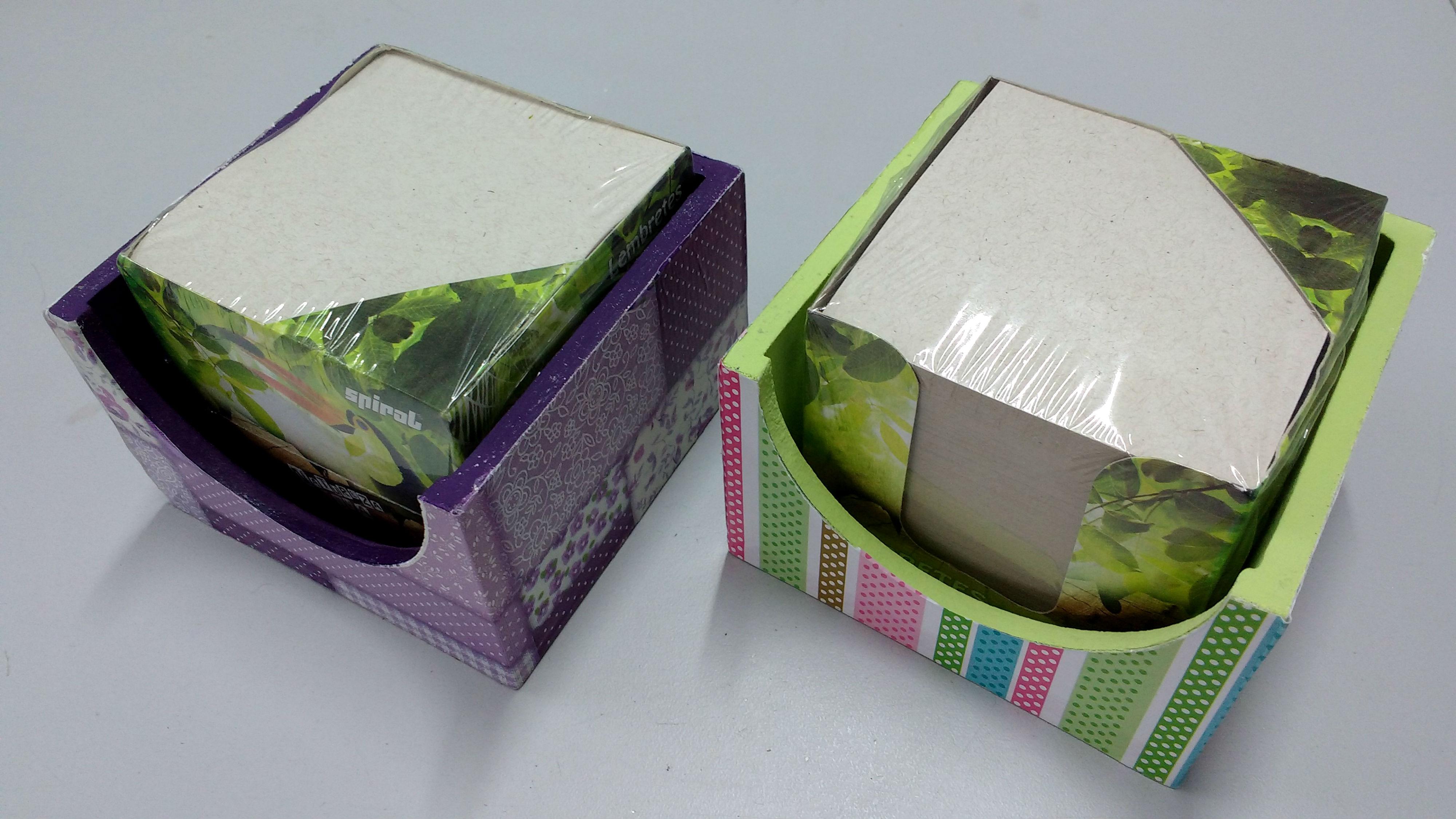 caixas para blocos de anotações