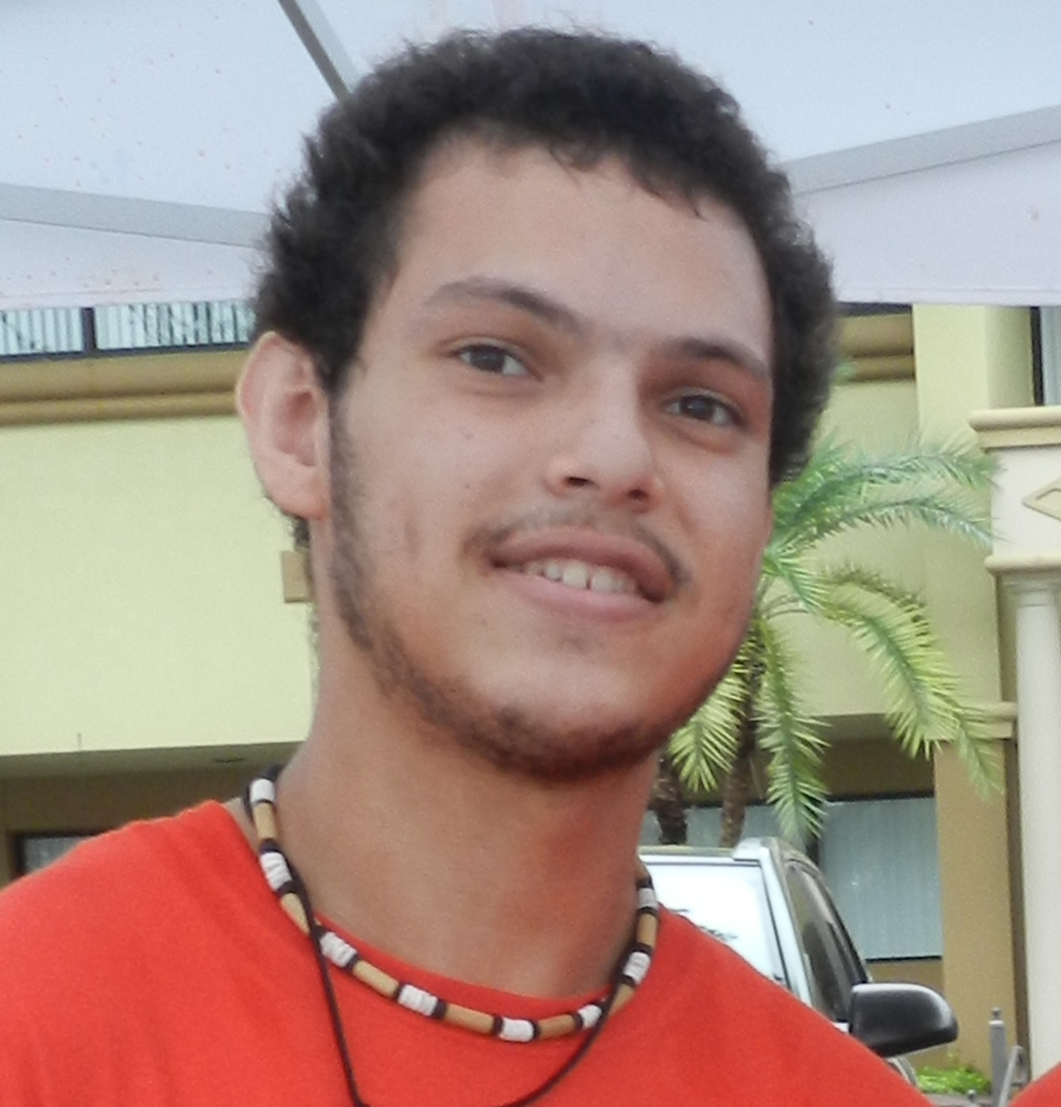 Joseph Lugo (Artesano Madera 1)
