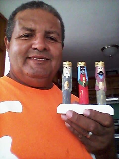 Victor Jimenez  (Talla Reyes) 12