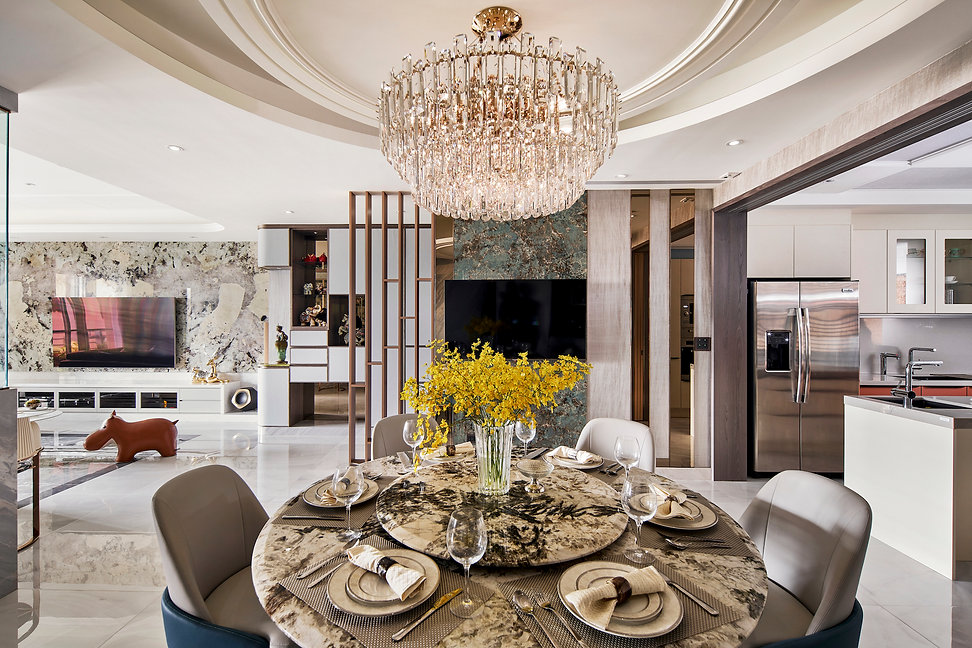A Sumptuous Residence Blending East and West