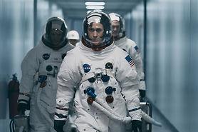 first-man-movie-ryan-gosling-still-2018.