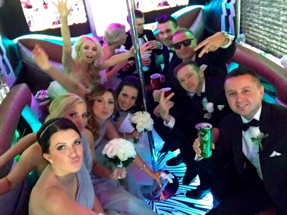 PARTY BUS IN CHICAGO