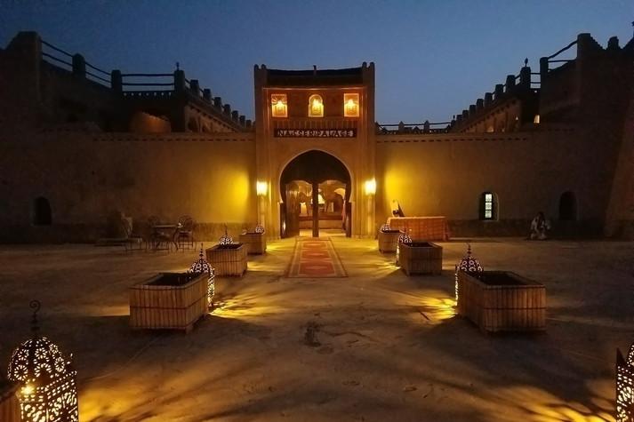 Hotel Nassar Palace at night
