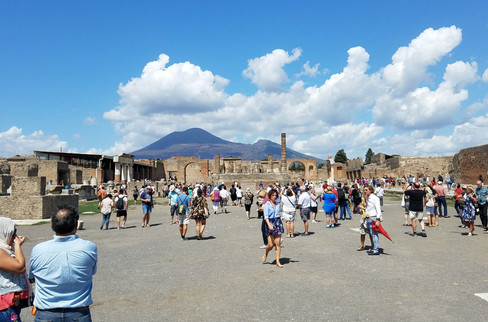 We drove to Pompeii for a day