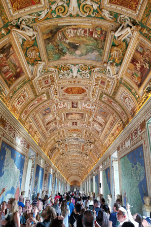 Shuffling through the Vatican museum to get to the Sistine Chapel