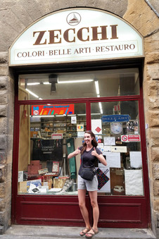 Back in Florence at Zecchi. This time I bought some watercolors.