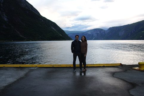 Can't a-fjord not to get a photo