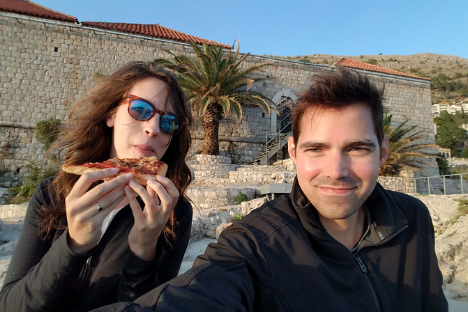 Enjoying some pizza/pastry dinner by the sea