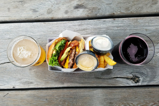 Burger and beers at a Mikkeller bar