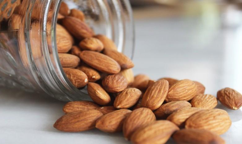 almonds1-781x466.jpg
