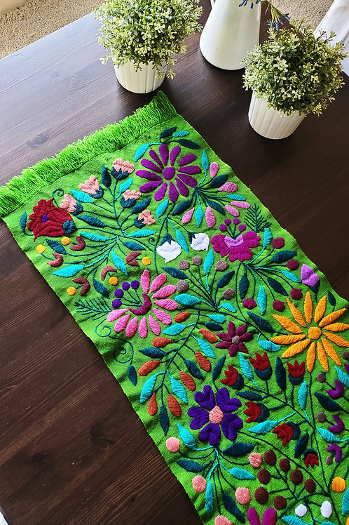 mexican textile, backstrap loom, hand made, hand woven, hand embroidery, embroidered, animals, birds, flowers, table runners