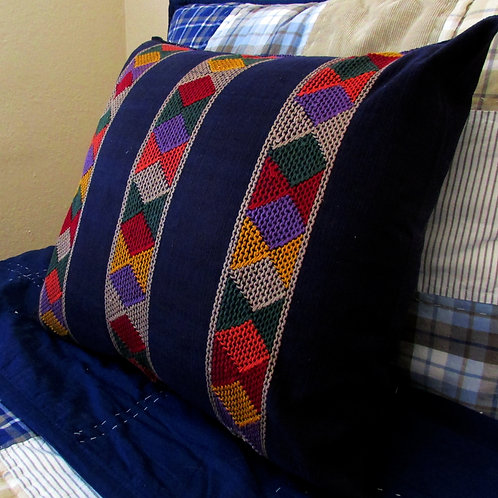 mexican textile, mexican embroidery, chiapas embroidered, pillow cover blue, pillow, mexican hand made, chiapas fabric