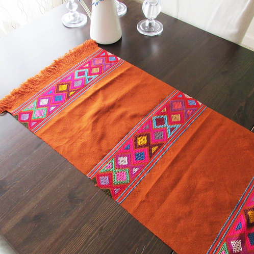 mexican table runner, maya backtrap loom, mexican table linens, runner chedron, mexican embroidered, mexican textile,