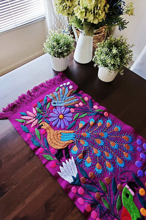 Mexican Tablerunner, mexican crewel work, mexican embroidery, mexican tapestry, mexican textile, mayan fabric