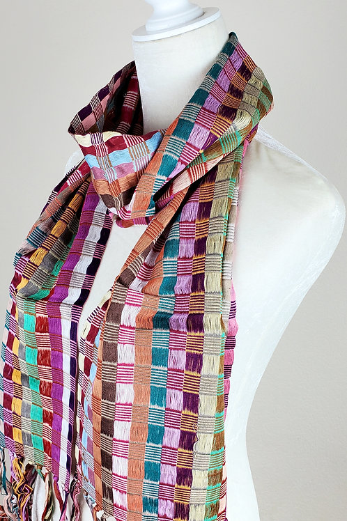 Scarf in multicolor color, hand woven in backstrap loom from Chiapas .