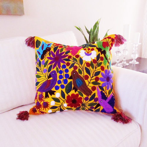 Mexican pillow, mexican embroidered, mexican textile, hand wove pillow, maya textile, mexican home decor.