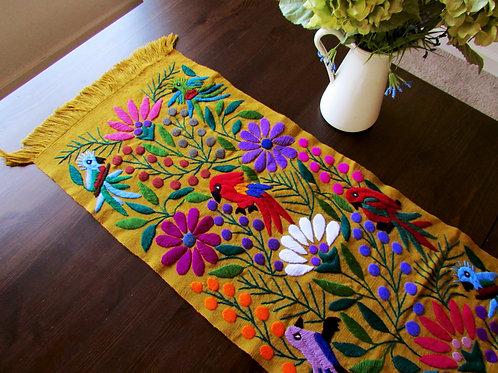 Mexican Textile, Mexican embroidery, Mexican table Runner, Maya textile, bordado mexicano