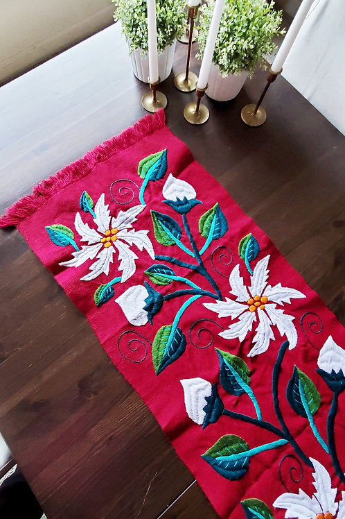 table runner, red, poinsettia, mexican, mexico, hand woven, hand made, hand embroidered, flowers, plants