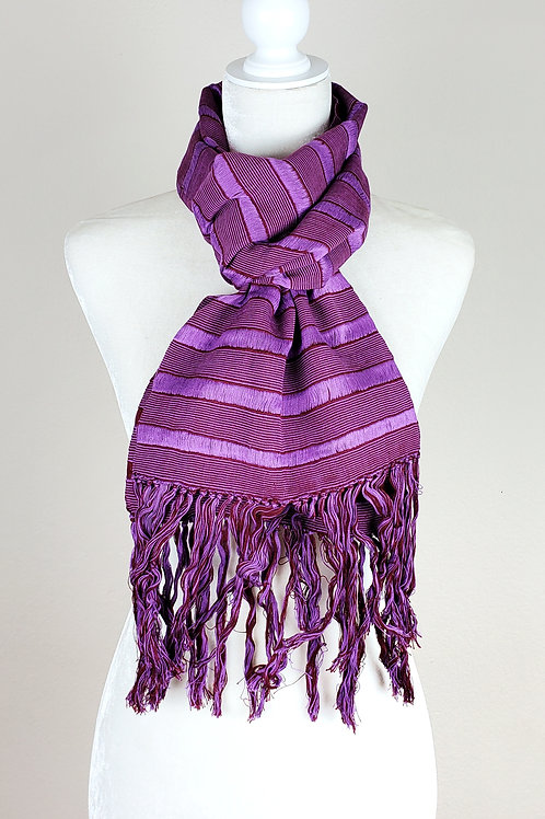Scarf Violet and purple combination color, hand-woven. From Chiapas, Mexico