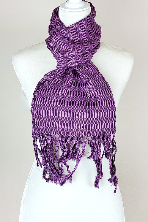 Scarf Violets tones handwoven in backstrap loom, from Chiapas