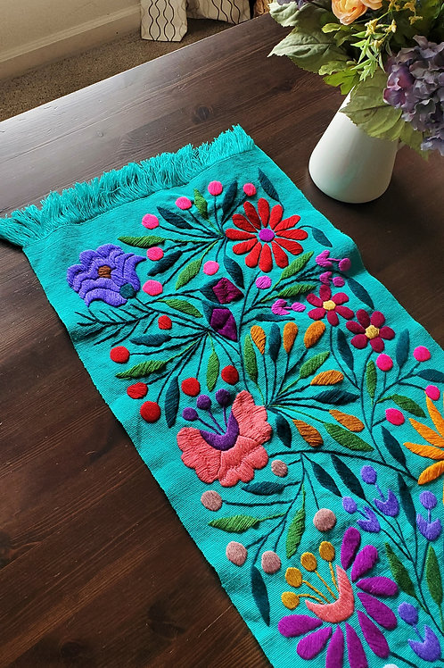 Mexican Table Runner, mexican embroidered, mexican textile, mexican decor, mexican home linens, tablerunner floral pattern