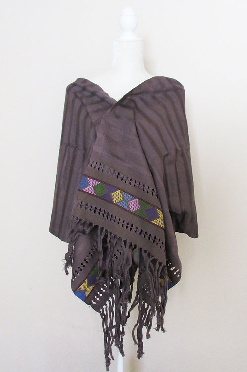 Rebozo or Shawl Gray color, hand-woven.