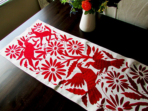 Otomi runner, Otormi red embroidery, otomi fabric, red hand embroidery, Mexican Textile, Mexican embroidery, Tenango,