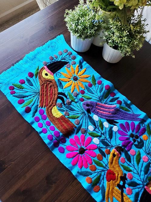 Table Runner woven in backstrap loom, fabric color Blue Turquoise with Toucans