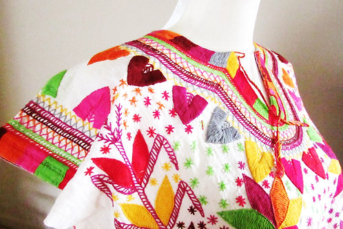 blouse chamula, mexican hand embroidery, blouse colorful, mexican crewel embroidered, mexican blouse, mexican textile, mexica