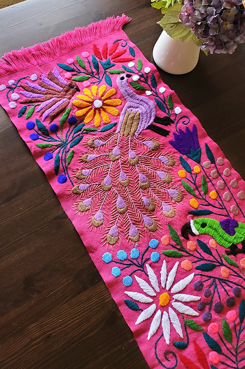 Table Runner woven in backstrap loom, fabric color Pink-purple with Peacocks