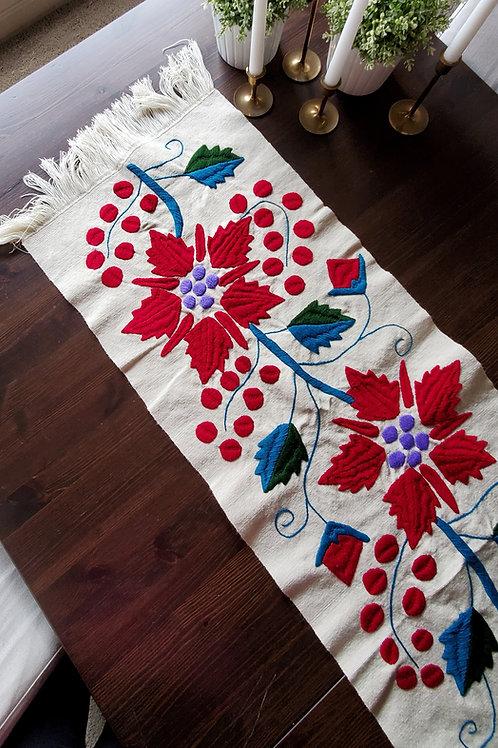 chritsmas, seasonal, table runner, honey, beige, mexican, hand woven, hand mand, backstrap loom