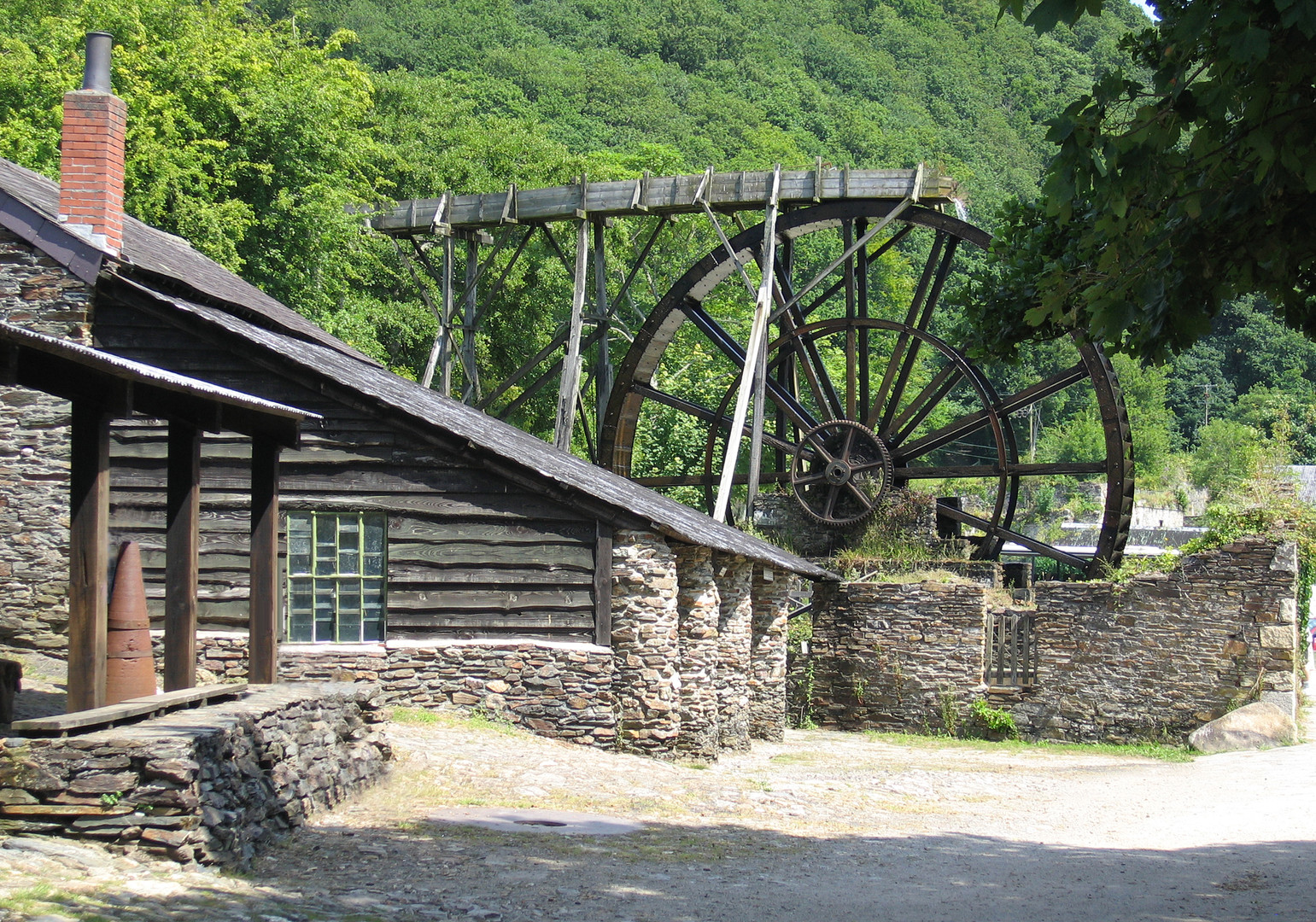 Wheel at Morwellham - Ainsley Cocks © Cornwall Council