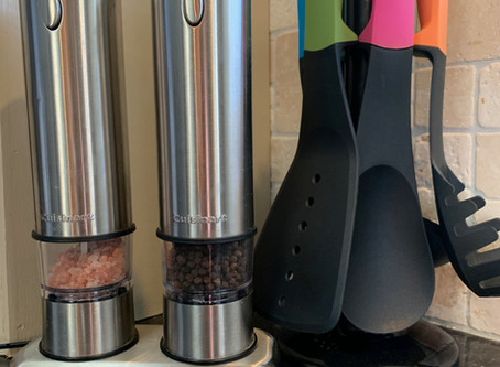 Tuesday Tools - Electric Salt and Pepper Mill Set