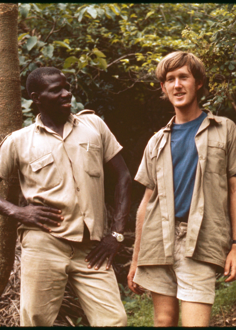 Field assistant Esilom and me talking about life before setting out to follow chimps. Photo courtesy of John Crocker, 1973.