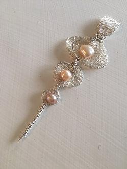 Titanium Mesh & F/W Pearl Pendant