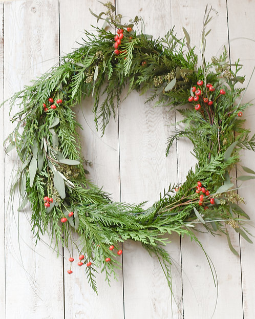 Classic Slim Shape Wreath ~ $45