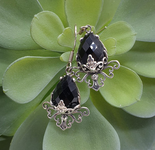 Facet Onyx Earrings