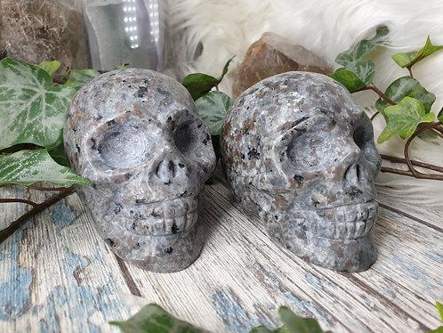 Syenite with Fluorescent Sodalite skull