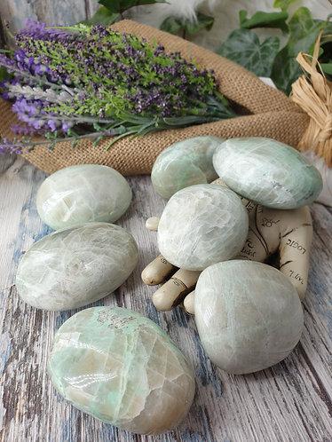Green moonstone palmstone