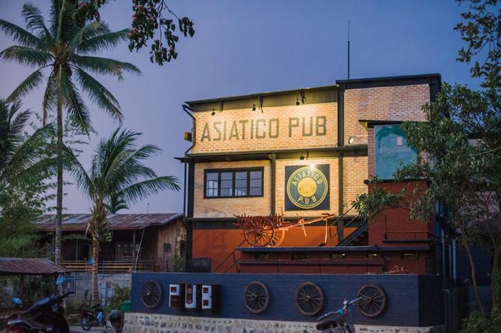 Asiatico Pub, Inle Lake